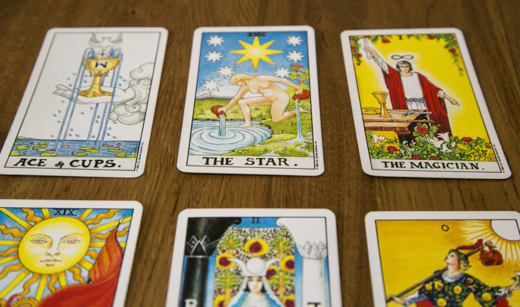 tarot card reading london uk
